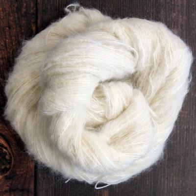 Suri Silk Cloud - 74% Baby Alpaca 26% Mulberry Silk - 50G...