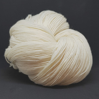 BLF 4 Ply - 100% Bluefaced Leicester Wool - 100G - 400m